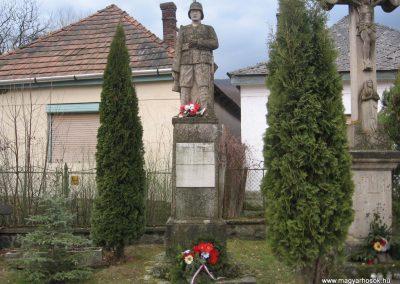 Parádóhuta világháborús emlékmű 2009.03.16.küldő-kalyhas (1)