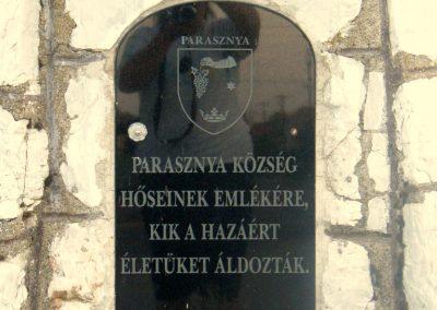 Parasznya hősi emlékmű 2011.08.17. küldő-Röghegyiné Spisák Anita (3)
