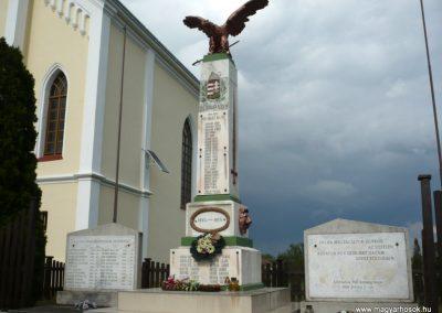 Pat világháborús emlékmű 2013.05.26. küldő-Sümec (2)