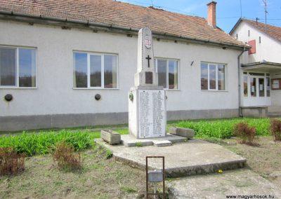 Patak világháborús emlékmű 2012.04.25. küldő-kalyhas (6)