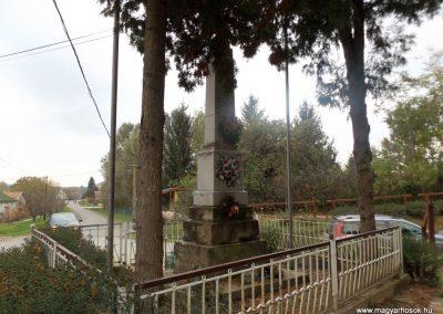 Patalom világháborús emlékmű 2014.10.26. küldő-kalyhas (5)