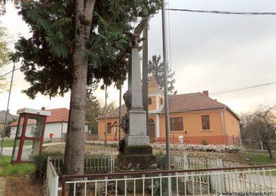 Patalom világháborús emlékmű 2014.10.26. küldő-kalyhas (8)