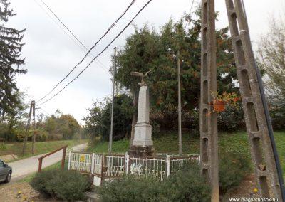 Patalom világháborús emlékmű 2014.10.26. küldő-kalyhas (9)