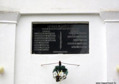 Patca világháborús emléktábla 2013.03.31. küldő-kalyhas (2)