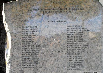 Pellérd világháborús emlékmű 2012.07.31. küldő-KRySZ (3)