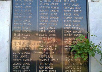 Pelsőc világháborús emléktáblák 2012.05.26. küldő-Pataki Tamás (2)
