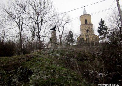 Perőcsény világháborús emlékmű 2013.03.18. küldő-kalyhas (5)