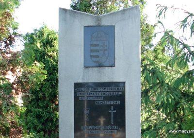 Pere II.vh emlékmű 2011.05.17. küldő-megtorló (2)
