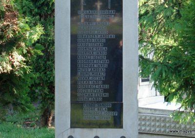 Pere II.vh emlékmű 2011.05.17. küldő-megtorló (3)