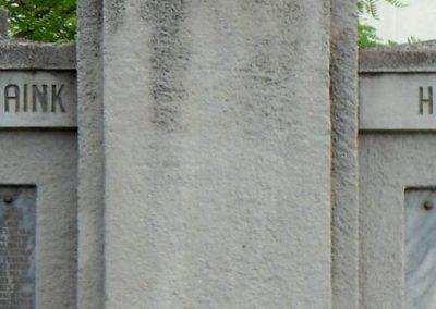 Perkáta világháborús emlékmű 2012.06.02. küldő-baloghzoli (3)