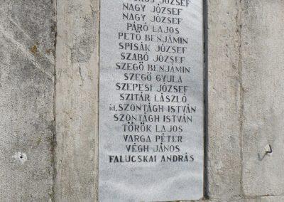 Perkupa világháborús emlékmű 2009.05.11.küldő-Gombóc Arthur (4)