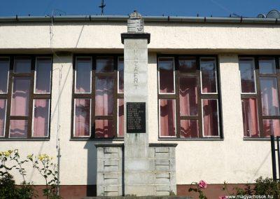 Petrivente II.vh emlékmű 2010.07.14. küldő-Sümec (1)