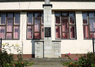 Petrivente II.vh emlékmű 2010.07.14. küldő-Sümec
