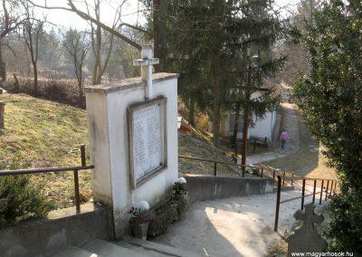 Piliny II.vh emlékmű 2011.03.12. küldő-kalyhas (3)