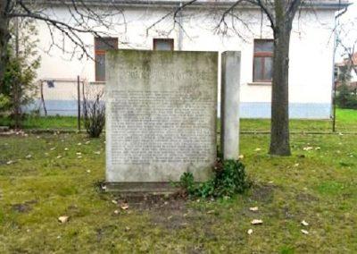Pilis II. világháborús emlékmű 2014.03.16. küldő-Méri