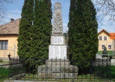 Pilisborosjenõ I.-II. világháborús emlékmû