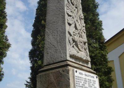 Pilisborosjenő világháborús emlékmű 2008.04.21. küldő-HuszárPeti (7)
