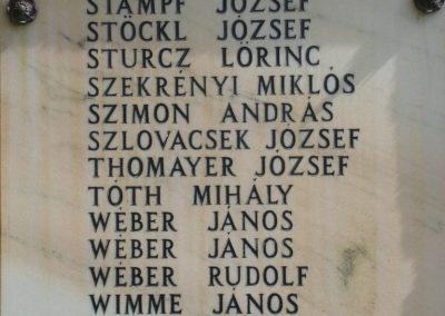 Pilisborosjenő világháborús emlékmű 2008.04.21. küldő-HuszárPeti (8)
