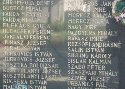 Piliscsév világháborús emlékmű 2008.06.28.küldő-Huszár Peti (3)