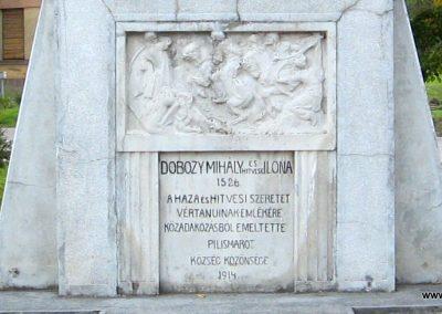 Pilismarót világháborús emlékmű 2007.09.15. küldő-Kályhás (2)