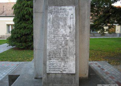 Pilismarót világháborús emlékmű 2007.09.15.küldő-Kályhás (2)