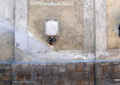 Pilisszántó II.világháborús emléktábla a templom falán 2008.06.28. küldő-Huszár Peti (1)