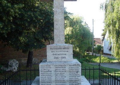 Pilisszántó világháborús emlékmű 2008.06.28. küldő-Huszár Peti (1)