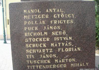 Pilisszentiván hősi emlékmű 2008.04.21. küldő-Huszár Peti (7)