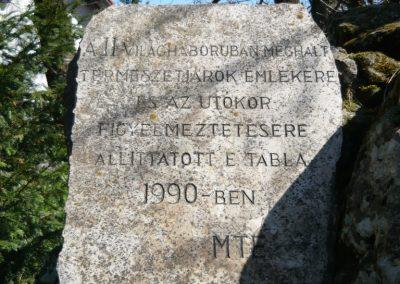 Pilisszentkereszt-Dobogókő világháborús emlékmű 2010.04.17. küldő-Ágca (3)