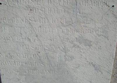 Pilisvörösvár hősi emlékmű 2008.04.21. küldő-Huszár Peti (5)