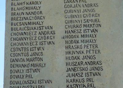 Pitvaros I. világháborús emlékmű 2012.07.14. küldő-Sümec (5)