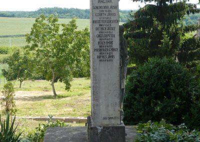 Polány világháborús emlékmű 2009.07.21.küldő-Sümec (1)