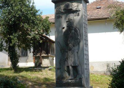 Polány világháborús emlékmű 2009.07.21.küldő-Sümec (4)