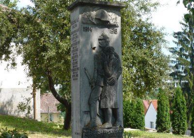 Polány világháborús emlékmű 2009.07.21.küldő-Sümec