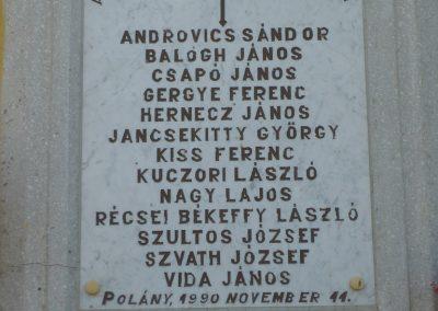 Polány világháborús emléktáblák 2009.07.21.küldő-Sümec (4)