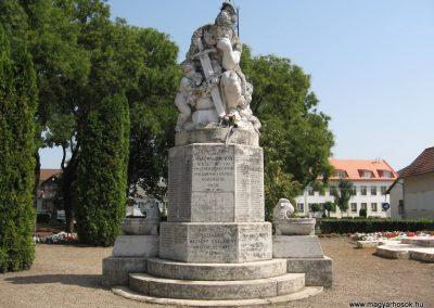 Polgár I.vh emlékmű 2007.08.23.küldő-Kályhás (1)