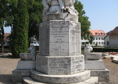 Polgár I.vh emlékmű 2007.08.23.küldő-Kályhás (2)