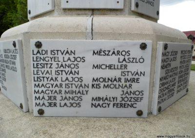 Polgárdi világháborús emlékmű 2015.06.19. küldő-Méri (16)