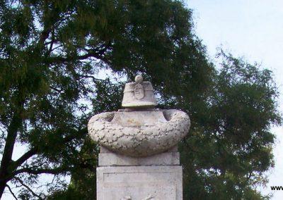 Poroszló világháborús emlékmű 2009.11.01. küldő-miki (6)