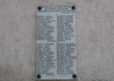 Poroszló világháborús emléktábla 2008.02.25. küldő-Kályhás (1)