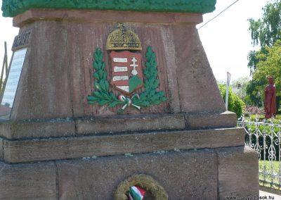 Porrogszentkirály világháborús emlékmű 2009.05.08.küldő-Sümec (4)