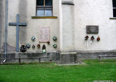Porva II.vh emléktábla 2010.07.24. küldő-kalyhas