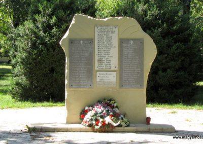 Pozsonyvezekény világháborús emlékmű 2009.06.18. küldő-Szabados László (1)