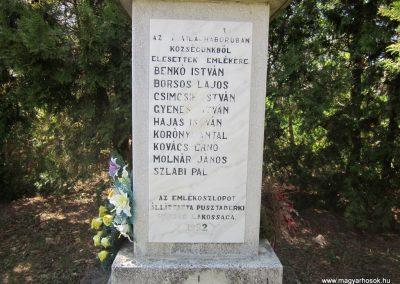 Pusztaberki hősi emlékmű 2012.04.25. küldő-kalyhas (4)