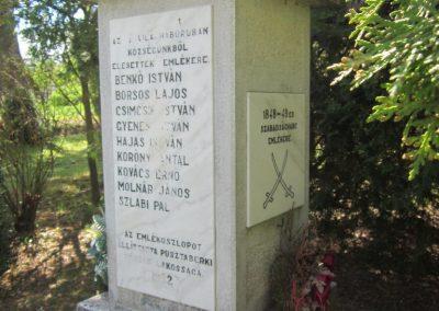Pusztaberki hősi emlékmű 2012.04.25. küldő-kalyhas (5)