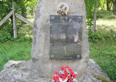 Pusztafalu világháborús emlékmű 2012.08.18. küldő-kalyhas (2)