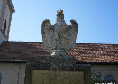 Pusztamérges világháborús emlékmű 2011.08.18. küldő-kalyhas (2)