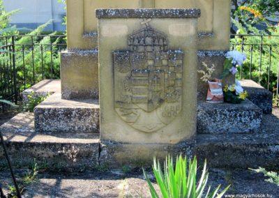 Pusztamérges világháborús emlékmű 2011.08.18. küldő-kalyhas (4)