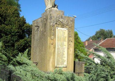 Pusztamérges világháborús emlékmű 2011.08.18. küldő-kalyhas (5)