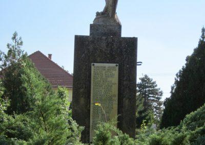 Pusztamérges világháborús emlékmű 2011.08.18. küldő-kalyhas (8)